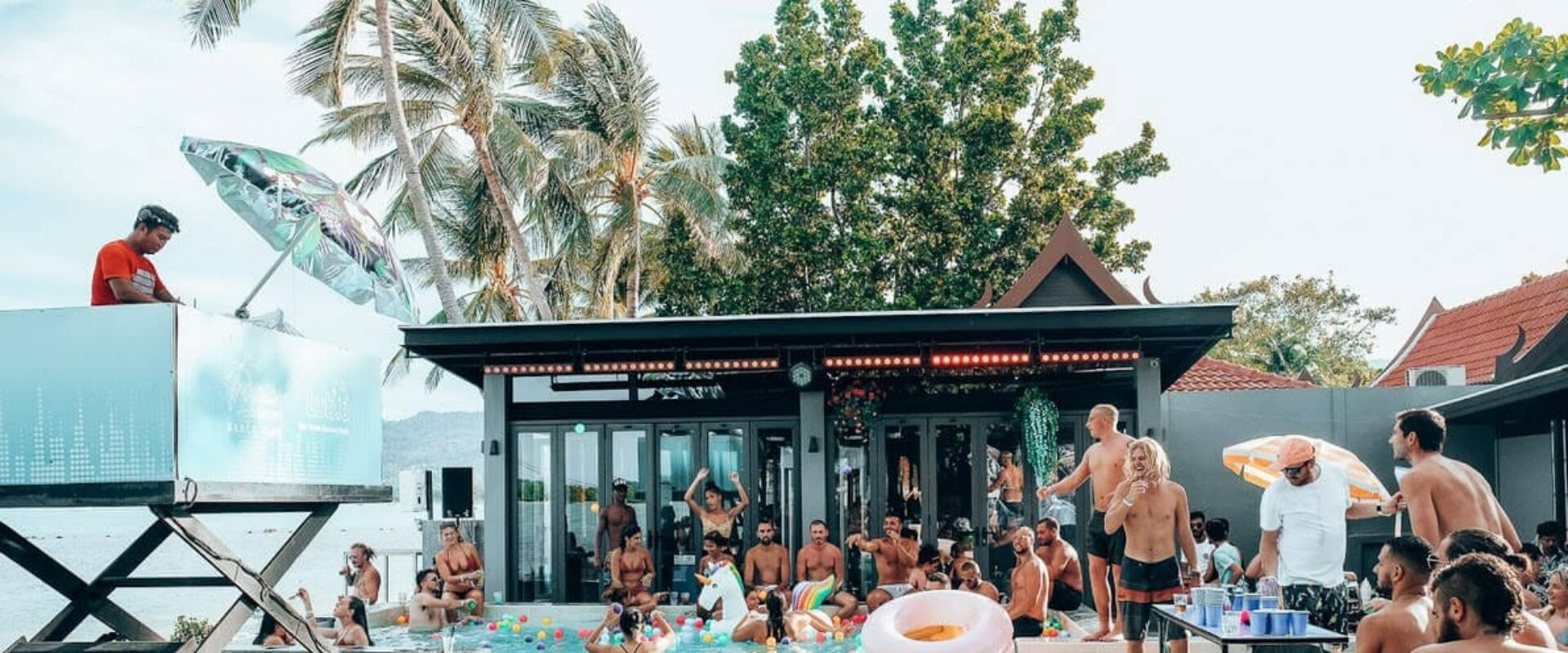Saturdaze Pool Party