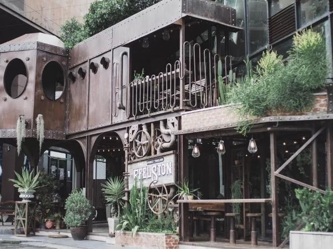 The Feelsion Café