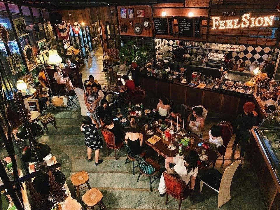 The Feelsion Café1